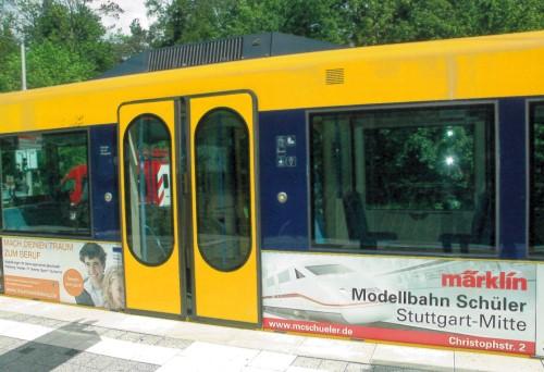 SSB Stadtbahnwagen mit Werbung von Modellbahn Schüler