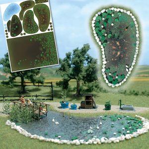 kleiner See oder Gartenteich, komplett mit Wasserpflanzen und Goldfischen - Busch  | günstig bestellen bei Modelleisenbahn Center  MCS Vertriebs GmbH
