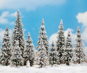 Schneetannen mit Weihnachtsbaum und Schneemann, H=6-13,5cm, 10 Stück - Busch  | günstig bestellen bei Modelleisenbahn Center  MCS Vertriebs GmbH