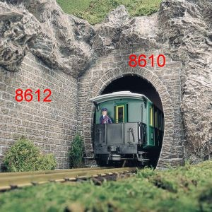 1:22,5 Tunnelportal, 1-gleisig, 2 Stück - Busch auch für Oberleitungsbetrieb geeignet | günstig bestellen bei Modelleisenbahn Center  MCS Vertriebs GmbH