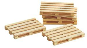 1:22,5 Holz-Paletten, 5 Stück - Busch fertig gebaut, Maße: 84x56x10mm | günstig bestellen bei Modelleisenbahn Center  MCS Vertriebs GmbH