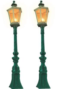G Oldtimer-Straßenlampen grün, 2 Stück - Busch H=18,8cm, wetterfest | günstig bestellen bei Modelleisenbahn Center  MCS Vertriebs GmbH