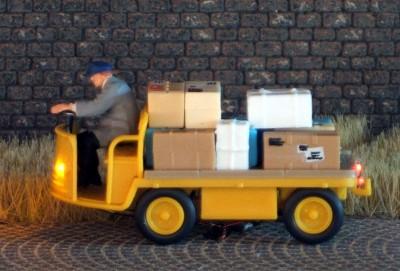1:87 Elektrokarre Post    - Preiser Figur beleuchtet by Bicyc-LED | günstig bestellen bei Modelleisenbahn Center  MCS Vertriebs GmbH