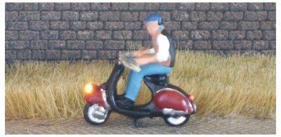 1:87 Motorroller Fahrer mit Weste und Mütze  - Noch Figur beleuchtet by Bicyc-LED | günstig bestellen bei Modelleisenbahn Center  MCS Vertriebs GmbH