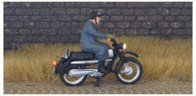 1:87 Hercules Fahrer mit Lederhaube und Brille   - Preiser Figur beleuchtet by Bicyc-LED | günstig bestellen bei Modelleisenbahn Center  MCS Vertriebs GmbH