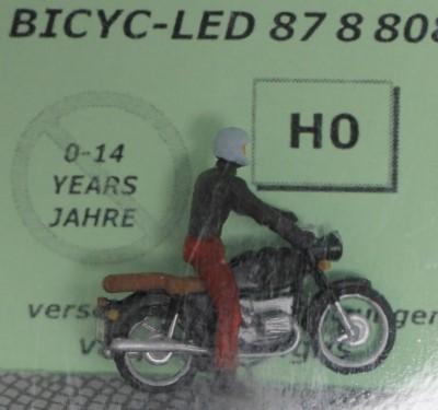 1:87 Berliner Roller, Fahrer mit Lederhaube  - Preiser Figur beleuchtet by Bicyc-LED | günstig bestellen bei Modelleisenbahn Center  MCS Vertriebs GmbH
