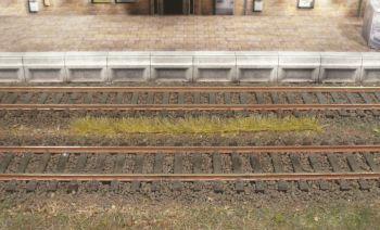 Grasstreifen herbstgelb, 5-6mm hoch, 10 Stück - Heki - je 100mm lang | günstig bestellen bei Modelleisenbahn Center  MCS Vertriebs GmbH