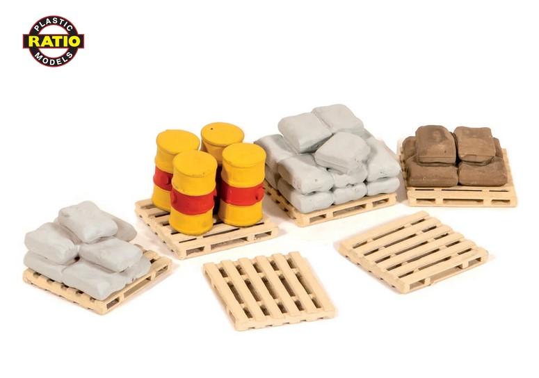 H0 Ladegut: 6 Paletten, 4 Fässer, 30 Säcke - Peco 514  | günstig bestellen bei Modelleisenbahn Center  MCS Vertriebs GmbH