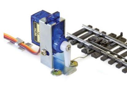 Peco Smartswitch Servomotor - Peco PLS-125  - mit Befestigungsmaterial und Flügel | günstig bestellen bei Modelleisenbahn Center  MCS Vertriebs GmbH