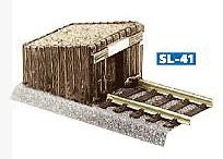 Prellbock aus Holzbohlen, Bausatz - Peco  - Kunststoff - passend an viele H0 Gleise | günstig bestellen bei Modelleisenbahn Center  MCS Vertriebs GmbH