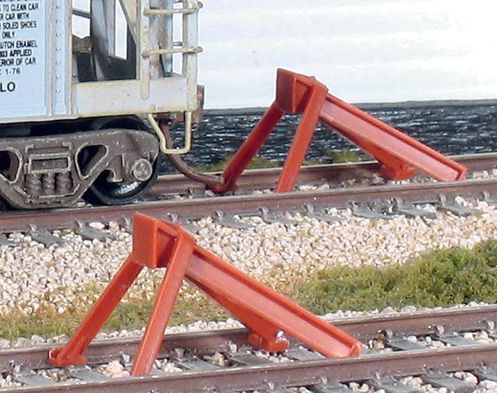 Prellbock aus Stahlprofilen zum Aufsetzen, Bausatz - Peco SL8340  - Kunststoff - passend zu Peco H0 Code 83 | günstig bestellen bei Modelleisenbahn Center  MCS Vertriebs GmbH