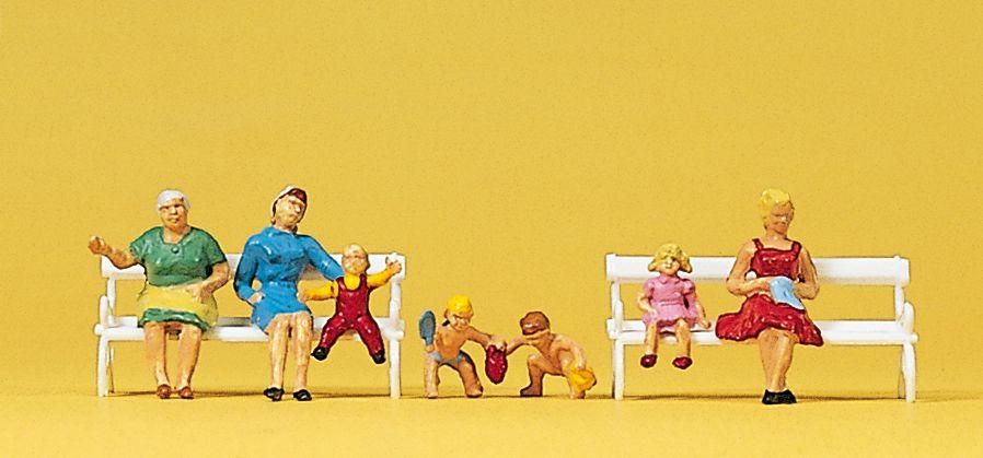 1:87 Sitzende, Mütter mit Kindern- Preiser 10051 Art.Nr.663-10051