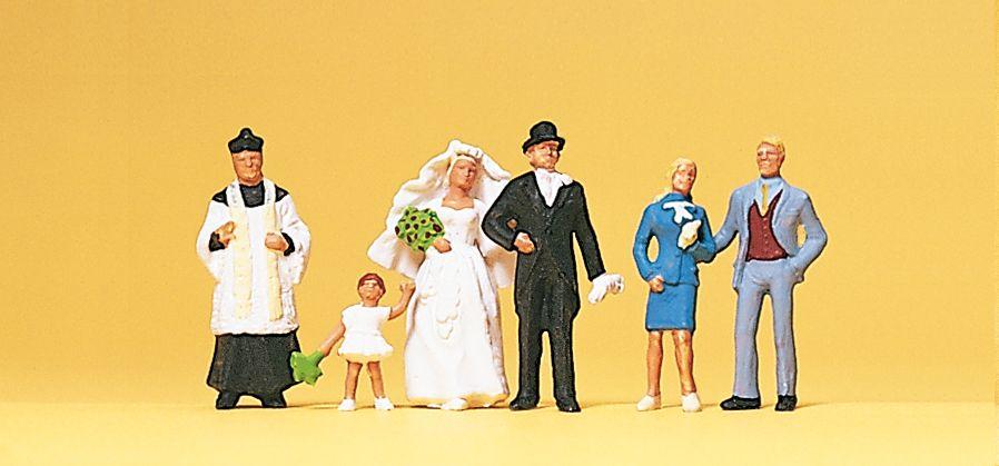 1:87 Brautpaar mit kath. Pfarrer- Preiser 10058  | günstig bestellen bei Modelleisenbahn Center  MCS Vertriebs GmbH