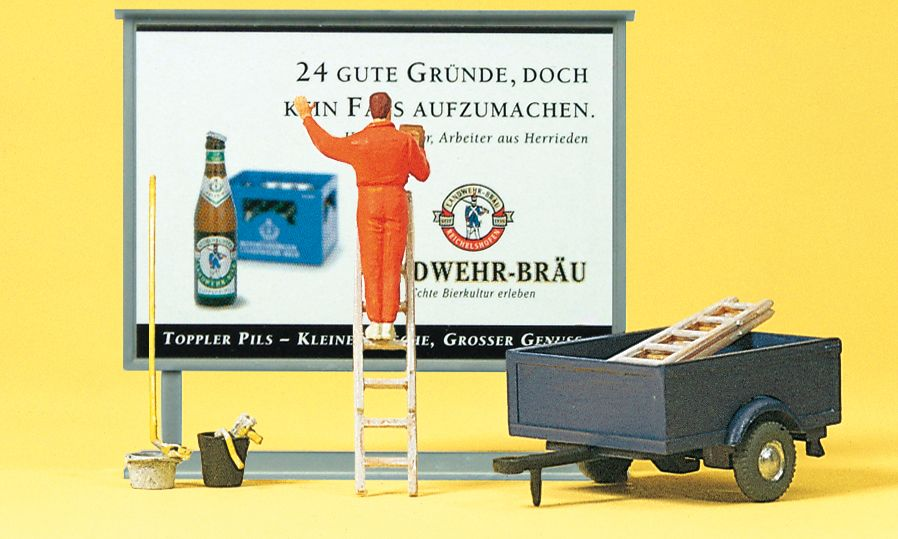 1:87 Plakatkleber auf Leiter - Preiser 10526  | günstig bestellen bei Modelleisenbahn Center  MCS Vertriebs GmbH