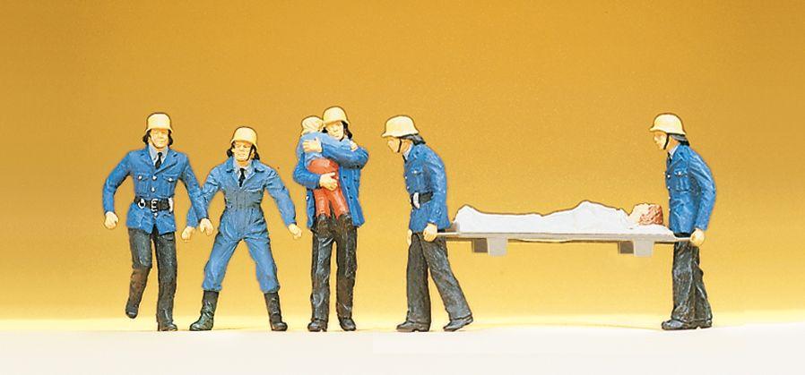 1:87 Feuerwehrmänner beim Retten, mit Kind und Trage- Preiser 14202  | günstig bestellen bei Modelleisenbahn Center  MCS Vertriebs GmbH