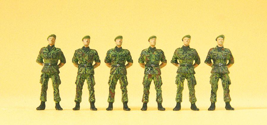 1:87 BW Infanteristen stehend Barett, Flecktarnung, ohne Gewehr - Preiser 16831  | günstig bestellen bei Modelleisenbahn Center  MCS Vertriebs GmbH