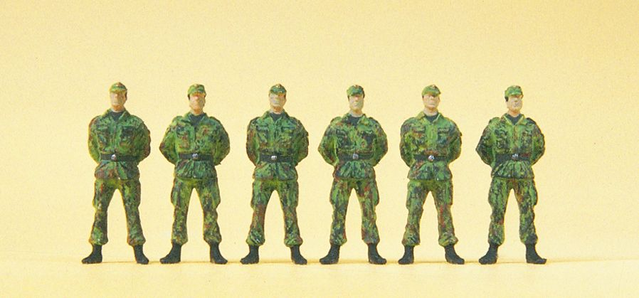 1:87 BW Soldaten stehend - Preiser 16839  | günstig bestellen bei Modelleisenbahn Center  MCS Vertriebs GmbH
