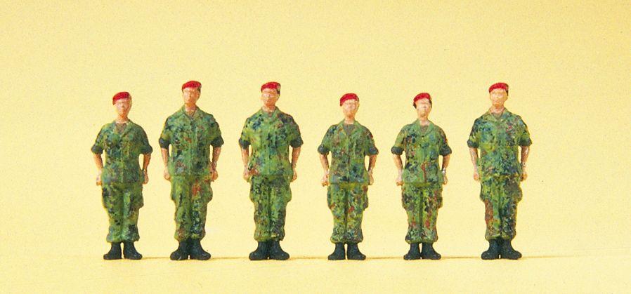 1:87 BW Soldaten stehend - Preiser 16841  | günstig bestellen bei Modelleisenbahn Center  MCS Vertriebs GmbH
