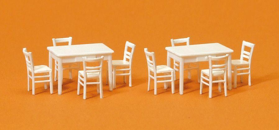 1:87 2 Tische, 8 Stühle. Materialfarbe weiß - Preiser 17217  | günstig bestellen bei Modelleisenbahn Center  MCS Vertriebs GmbH