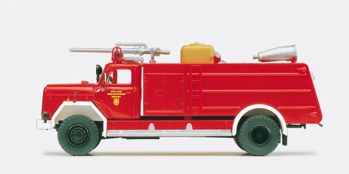 1:87 Feuerwehr Zubringer-Löschfahrzeug ZB 6-24, Magirus F 200 D 16A, Ausführung Bayern, Bausatz - Preiser 31202  | günstig bestellen bei Modelleisenbahn Center  MCS Vertriebs GmbH