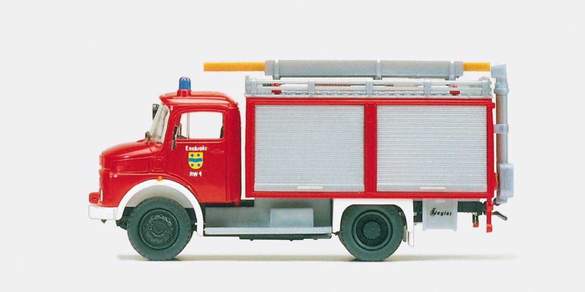 1:87 Feuerwehr Rüstwagen RW 1 MB LAF 911 B-32,Aufbau ZIEGLER Bausatz - Preiser 31252    günstig bestellen bei Modelleisenbahn Center  MCS Vertriebs GmbH