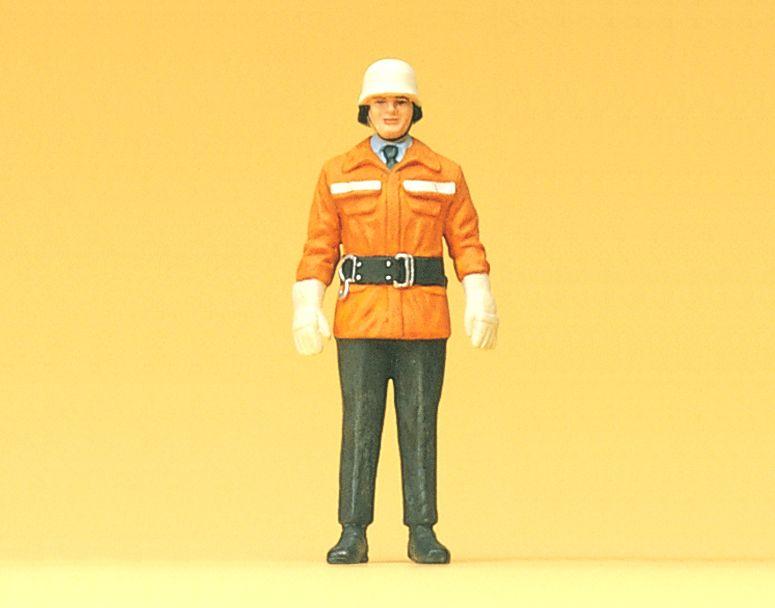1:24 Feuerwehrmann um 1985 - Preiser 57550  | günstig bestellen bei Modelleisenbahn Center  MCS Vertriebs GmbH