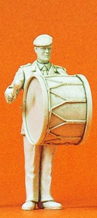 1:35 BW Heeresmusikkorps Musiker mit grosser Trommel, unbemalt - Preiser 64355  | günstig bestellen bei Modelleisenbahn Center  MCS Vertriebs GmbH