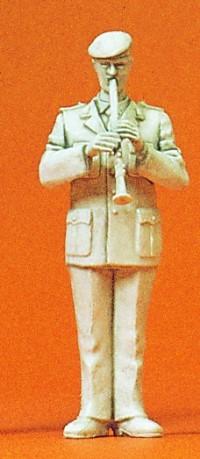 1:35 BW Heeresmusikkorps Musiker mit Klarinette, unbemalt - Preiser 64368  | günstig bestellen bei Modelleisenbahn Center  MCS Vertriebs GmbH