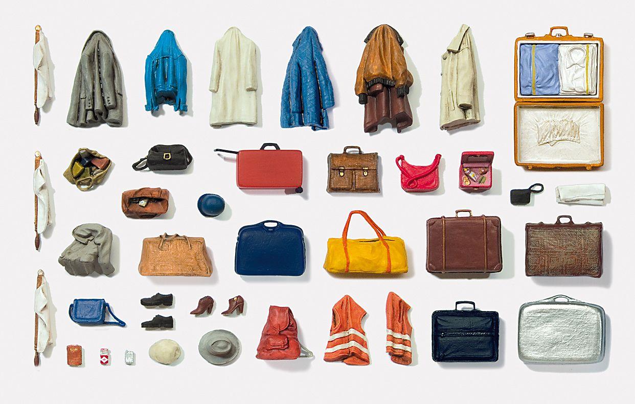 1:43-1:45 Koffer und Taschen, Jacken und Accesoires - Preiser 65811  | günstig bestellen bei Modelleisenbahn Center  MCS Vertriebs GmbH