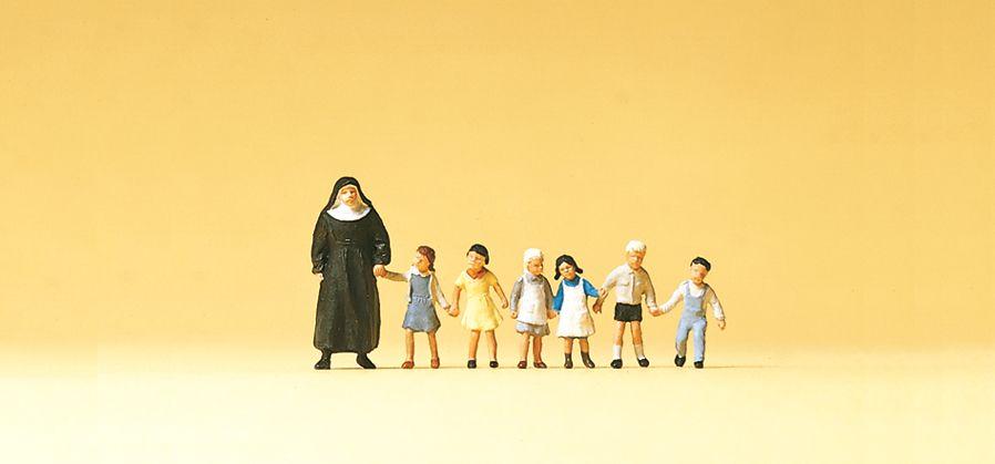 1:120 Nonne mit Kinder - Preiser 75029  | günstig bestellen bei Modelleisenbahn Center  MCS Vertriebs GmbH