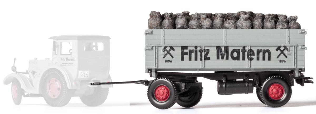 1:87 Anhänger mit Kohlensäcken - Weinert 45018  - passend z.B. für Lanz   günstig bestellen bei Modelleisenbahn Center  MCS Vertriebs GmbH