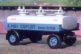 1:87 Anhänger 2-achsig für Benzol-Tanklastzug, Baujahr1935-40 - Weinert 4533  | günstig bestellen bei Modelleisenbahn Center  MCS Vertriebs GmbH