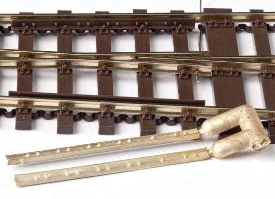 MG Code 75 Radlenker mit Detaillierung, 1 Paar aus Messing  - Weinert MeinGleis 74012  | günstig bestellen bei Modelleisenbahn Center  MCS Vertriebs GmbH