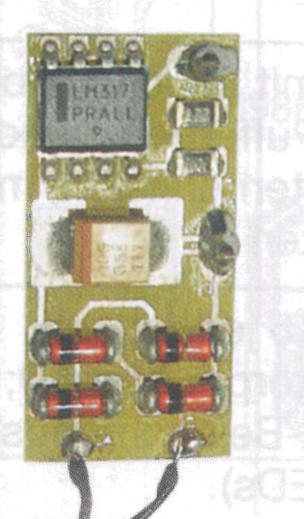 1:87 Konstantlicht-Beleuchtungsplatinne mit 3 LED - Weinert 90340  | günstig bestellen bei Modelleisenbahn Center  MCS Vertriebs GmbH