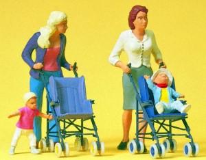 1:22,5 Frauen mit Kindern im Buggy - Preiser 45114  | günstig bestellen bei Modelleisenbahn Center  MCS Vertriebs GmbH