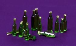 1:35 Bierflaschen grün, 36 Stück - Meng Models  | günstig bestellen bei Modelleisenbahn Center  MCS Vertriebs GmbH